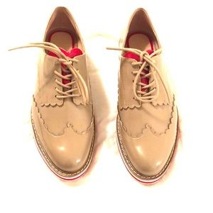 Heart accent loafers